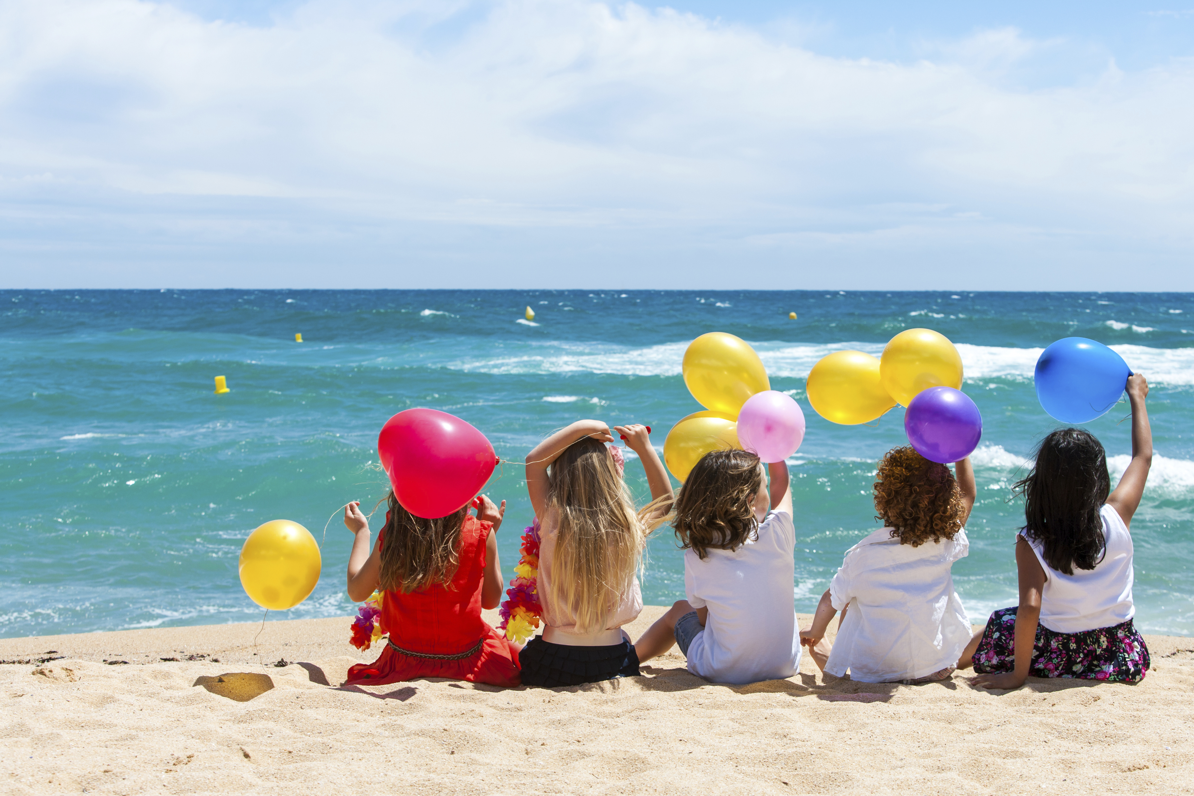 Family Friendly Holiday Ideas for Moms