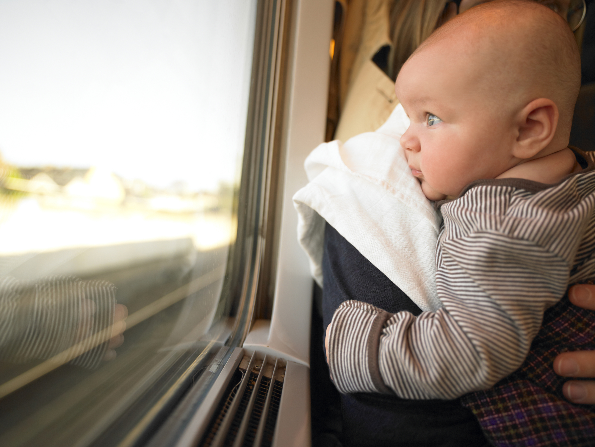Bon Voyage! Tips for Travelling with a Breastfed Baby